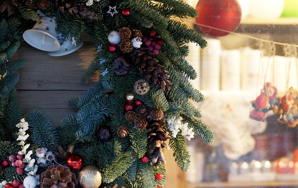A Victorian Christmas Wreath Welcomes visitors to your Victorian home
